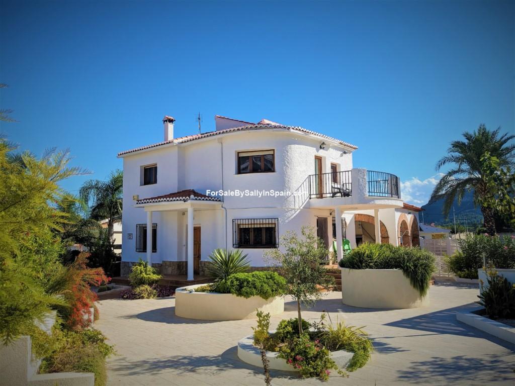 Villa for sale in Valencia, Valencia...