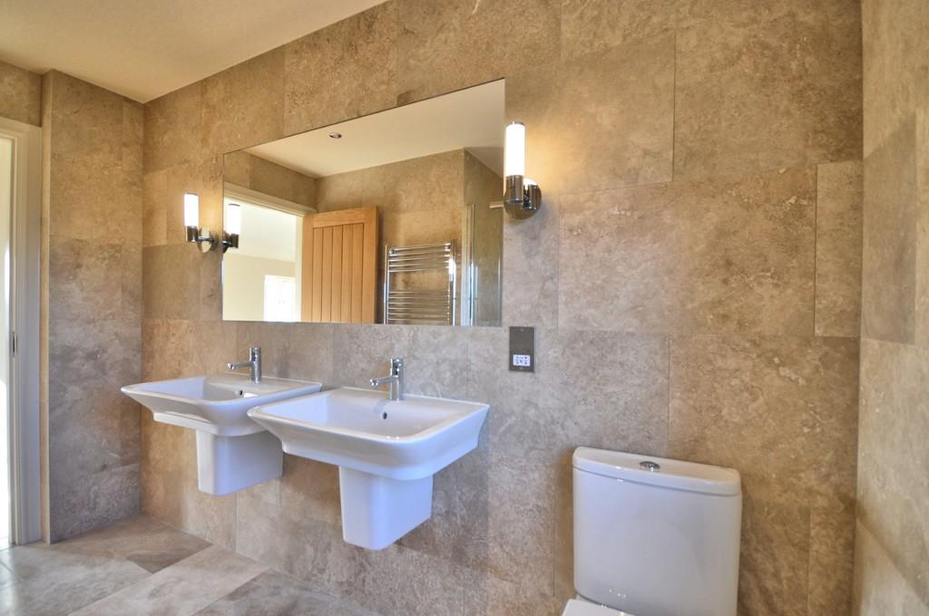 Benton Developments,Bathroom