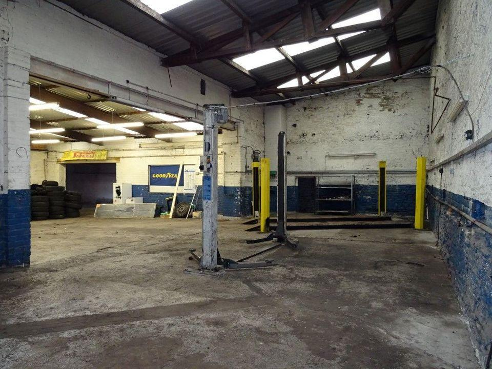 Commercial Property To Rent In Harvey Clough Garage 64