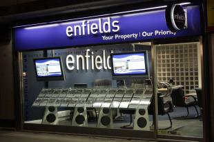 Enfields, Hythebranch details