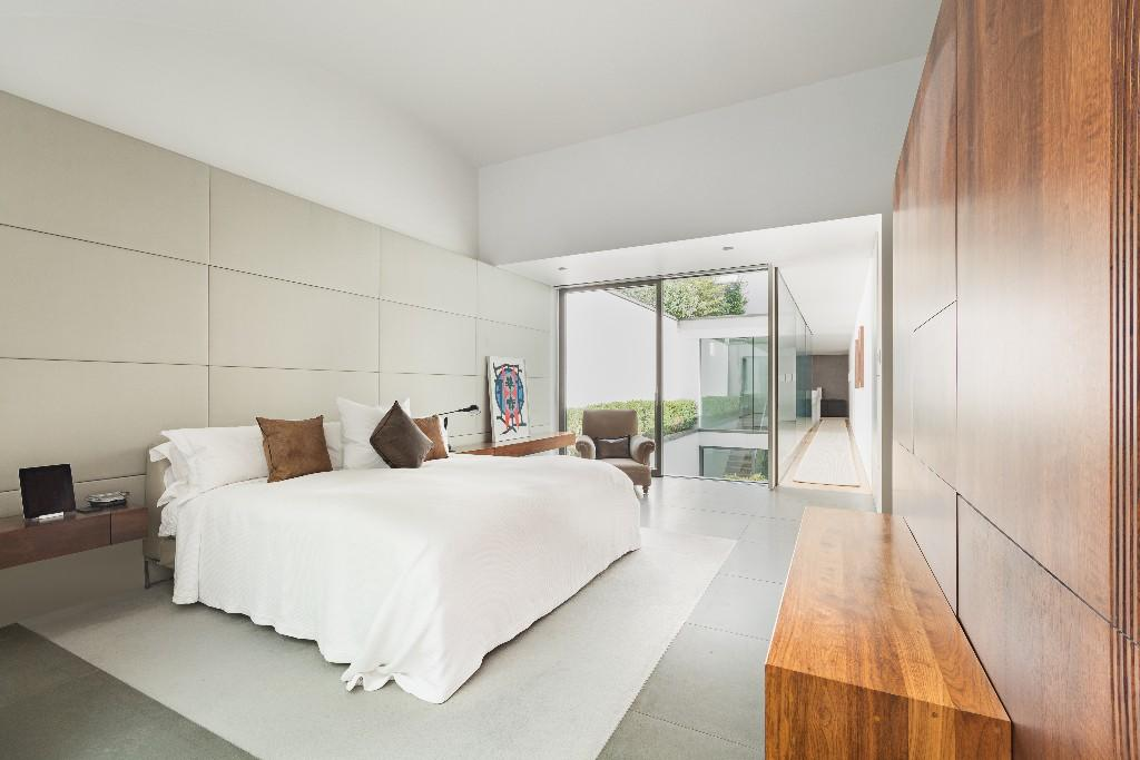 Seth Stein Architects,Master Bedroom
