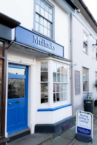Mullucks - Part of Hunters, Great Dunmow - Lettingsbranch details
