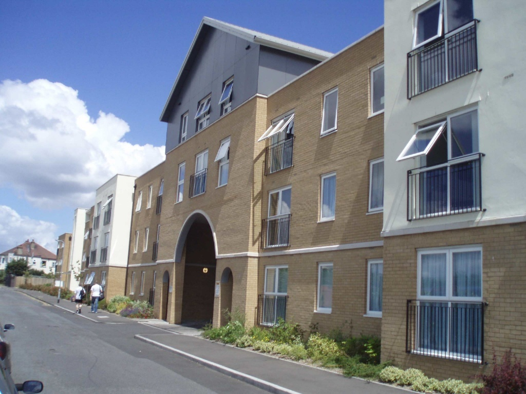 209 W Little York Rd: 1 Bedroom Flat To Rent In Southend