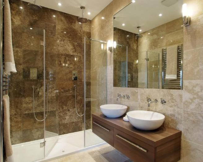 En Suite Bathrooms For Small: Mirror Shower Bathroom Design Ideas, Photos & Inspiration