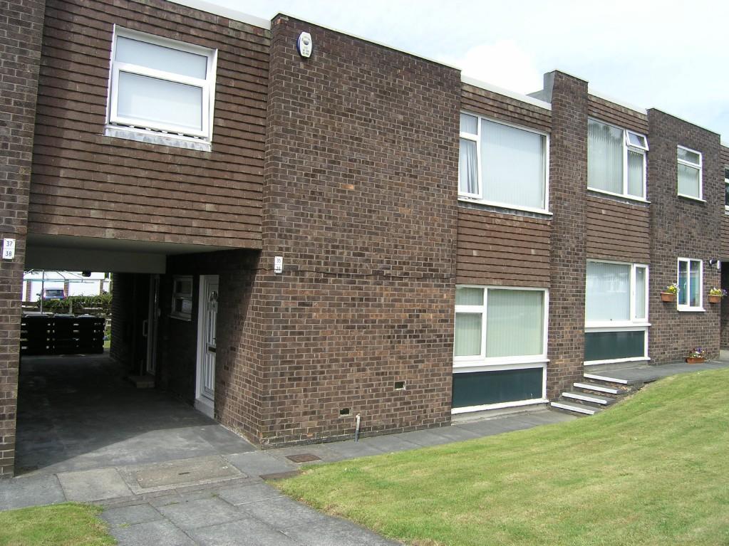 1 bedroom ground floor flat for sale in Minster Court ...