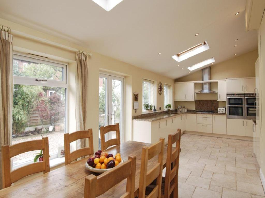 3 Bedroom Semi Detached House For Sale In The Drive