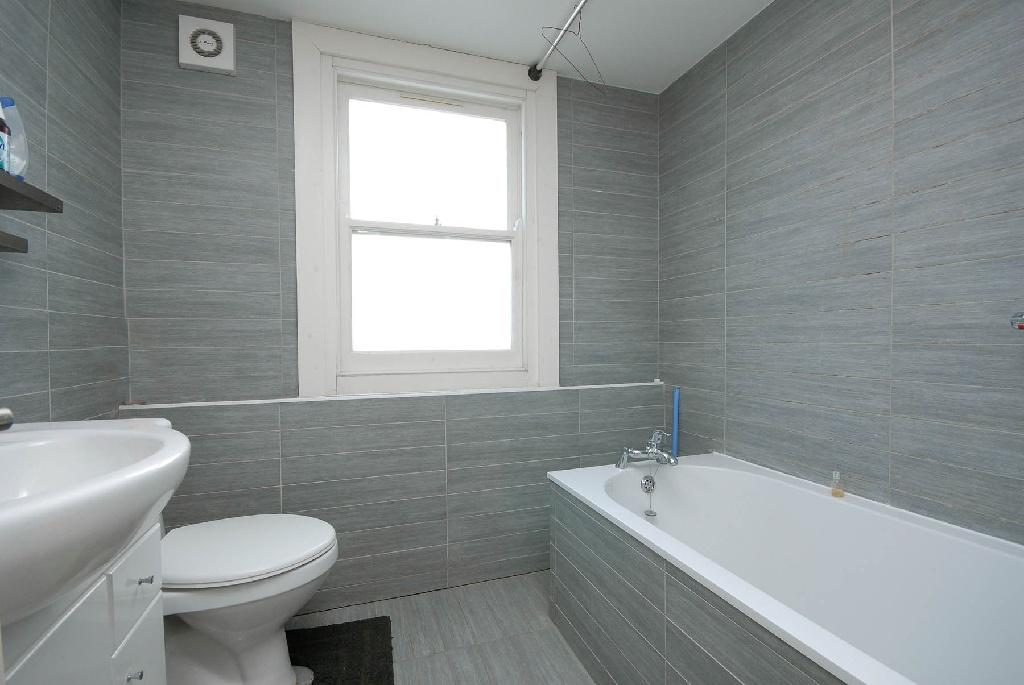 grey black and white bathroom design 4 bedroom flat for in fellows road swiss cottage 25287