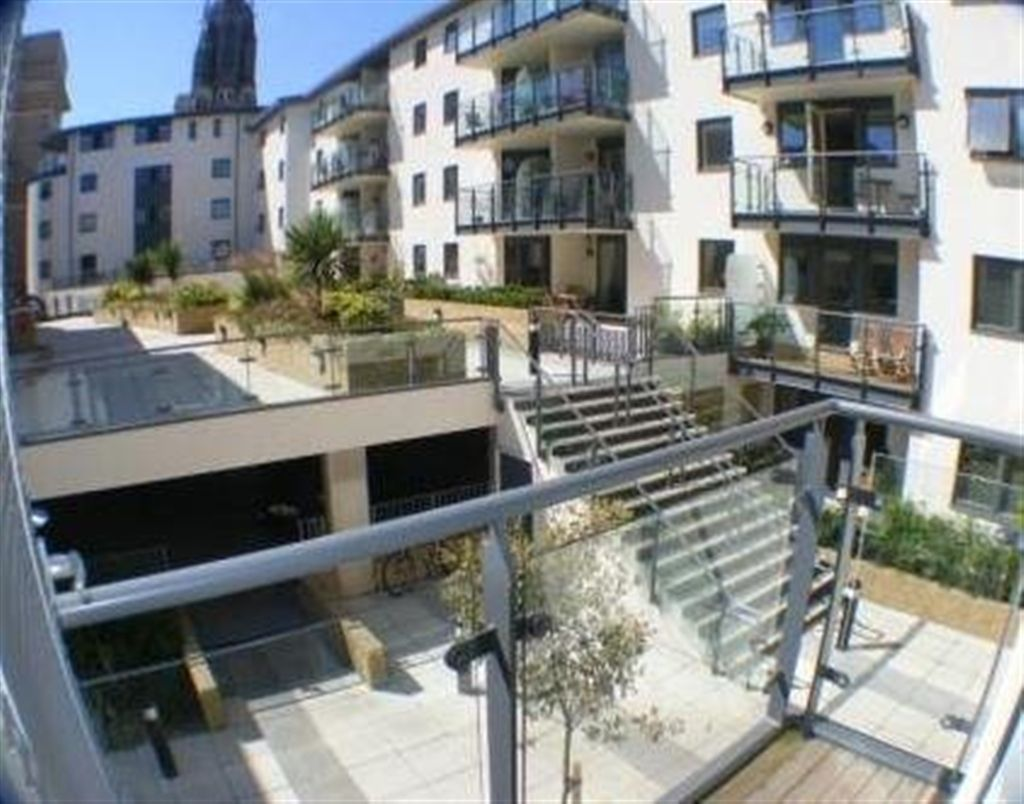 2 bedroom flat to rent in avalon west street brighton bn1 - 2 bedroom flats to rent in brighton ...