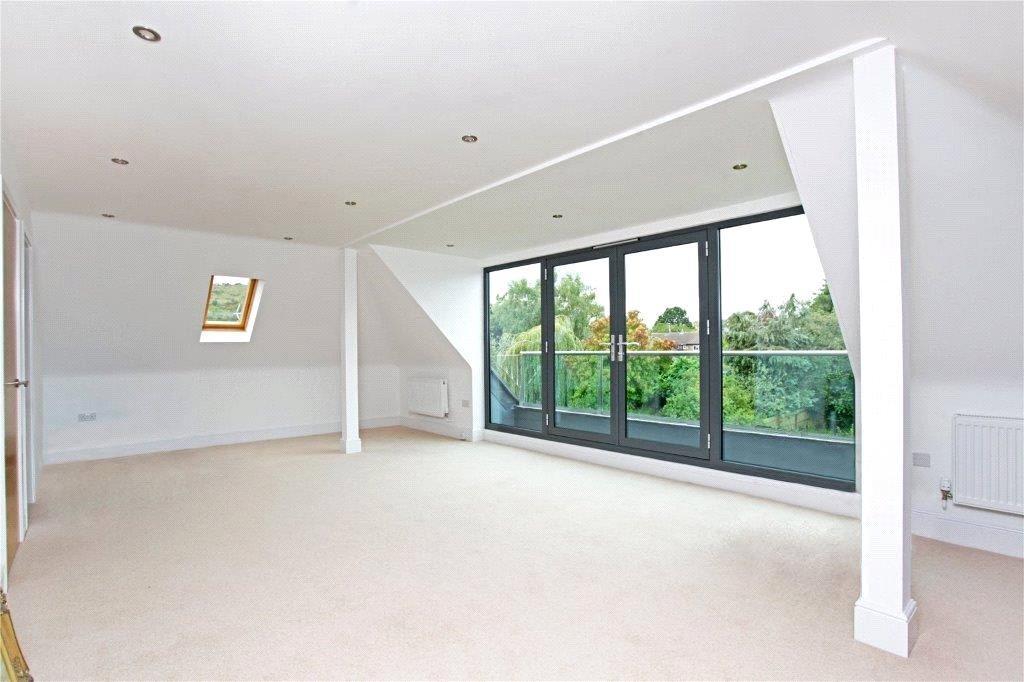 5 Bedroom Detached House For Sale In Sandy Lane Charlton