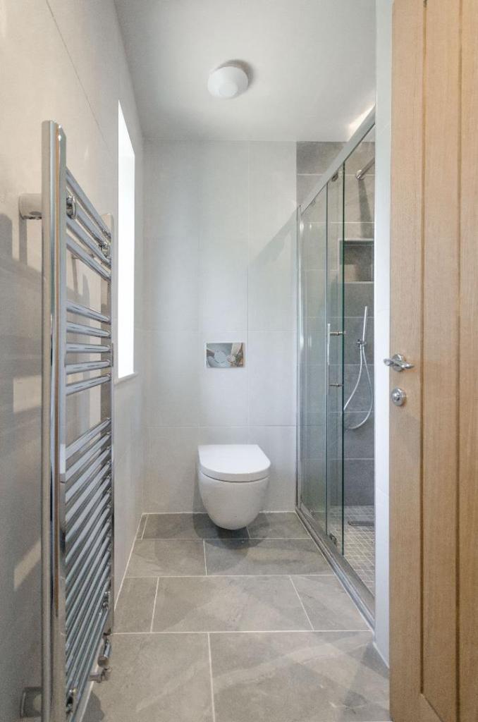 Gem Construction,Bathroom detail