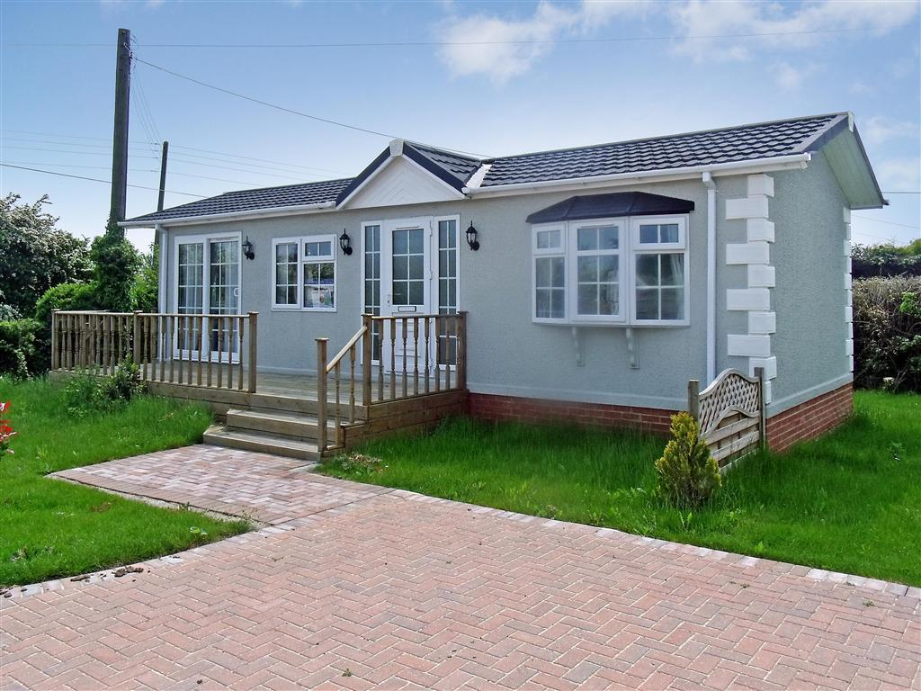two bedroom mobile homes 2 bedroom mobile home for in eastchurch sheerness 17661