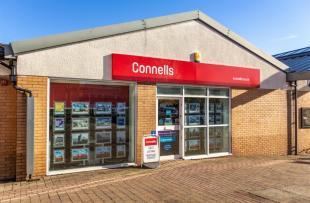 Connells, Filtonbranch details