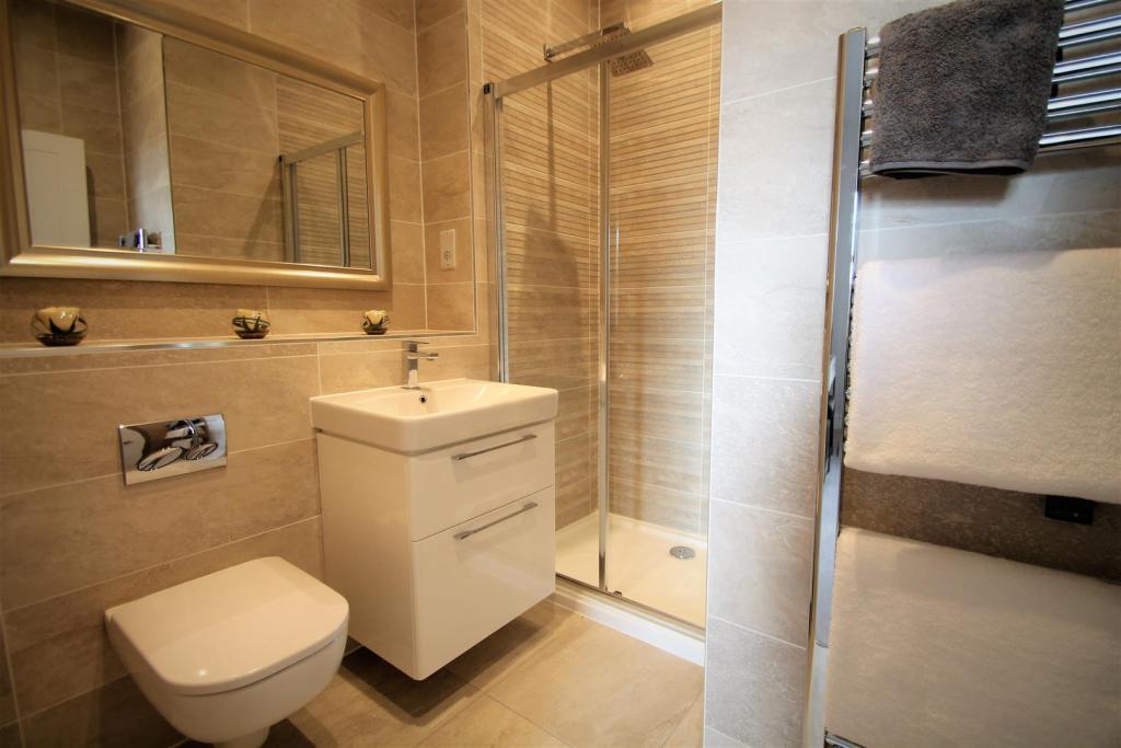 Wealden Homes,Greensand Meadow,Bathroom detail