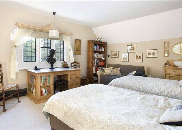 6 Bedroom Property For Sale In Whittington Old Hall