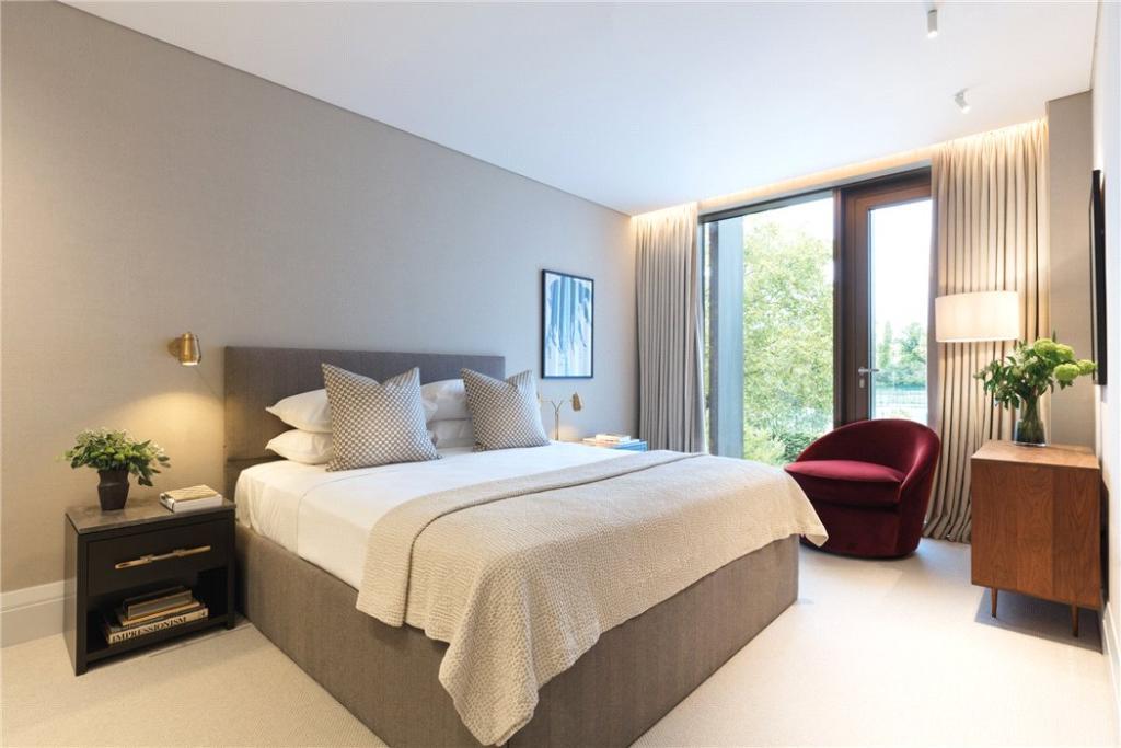 Holland Park Villas,Master Bedroom