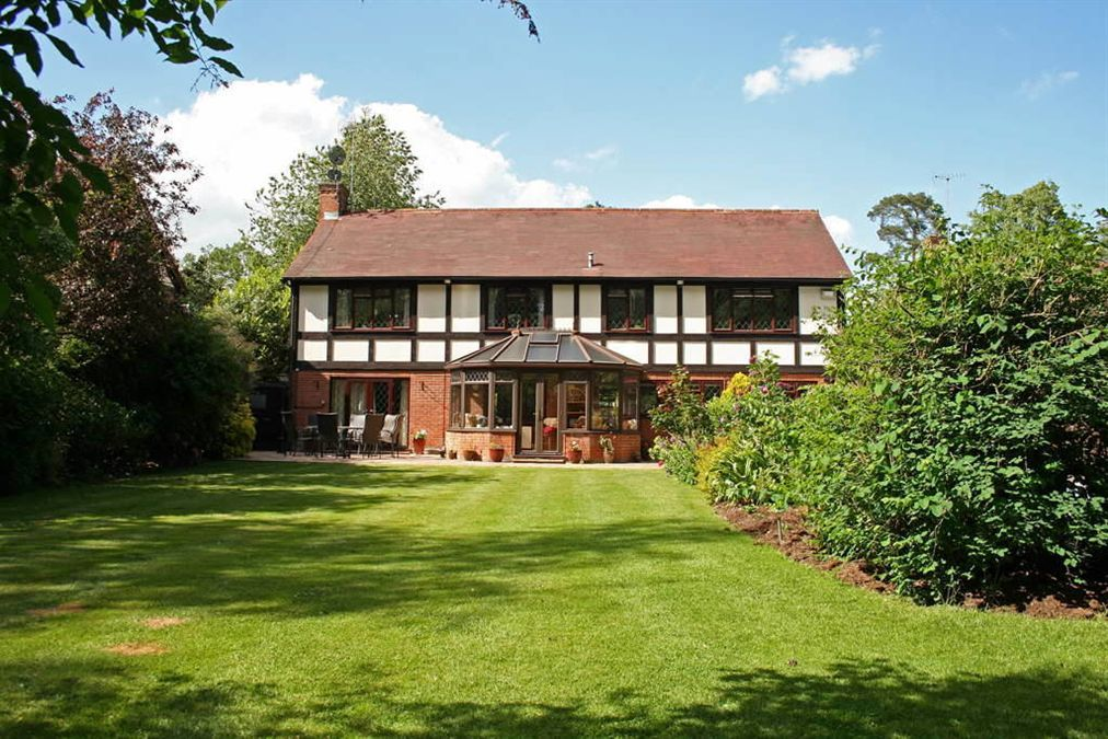 5 bedroom detached house for sale in Grange Gardens ...