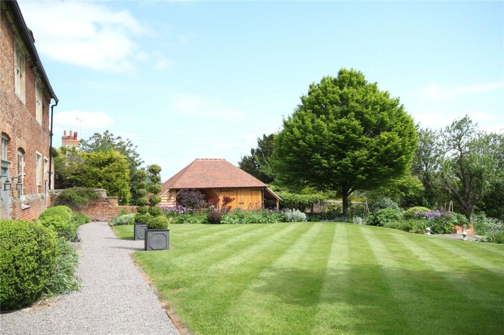 English Heritage,Garden
