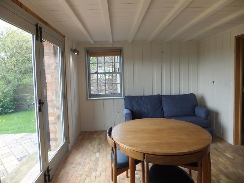 2 Bedroom House To Rent In Higher Carden Tilston Malpas