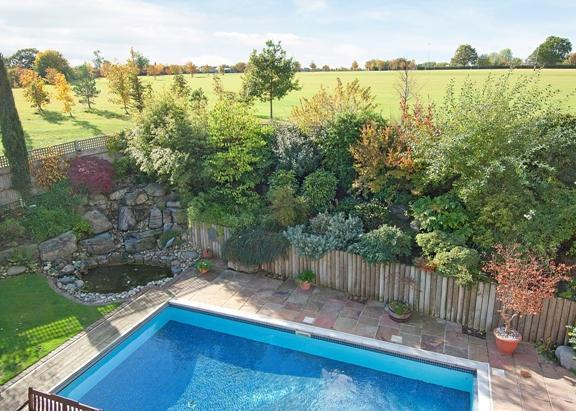 6 bedroom detached house for sale in the spires bishop 39 s - Swimming pools in bishops stortford ...