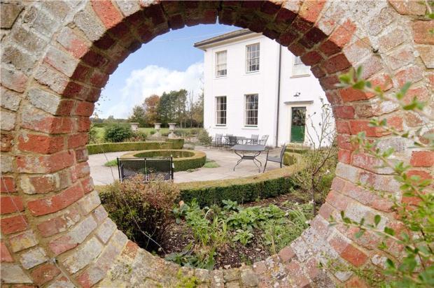8 bedroom detached house for sale in ugley bishop 39 s - Swimming pools in bishops stortford ...