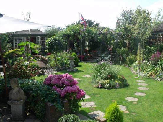 3 Bedroom Detached House For Sale In Salisbury Road