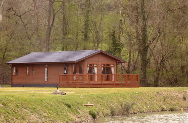 2 Bedroom Log Cabin For Sale In Pool View Caravan Park