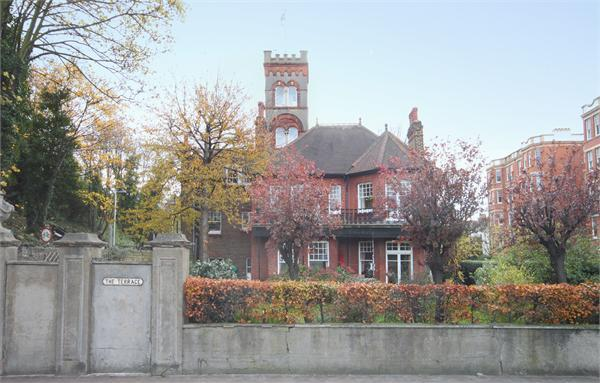 7 Bedroom Detached House For Sale In The Terrace Barnes