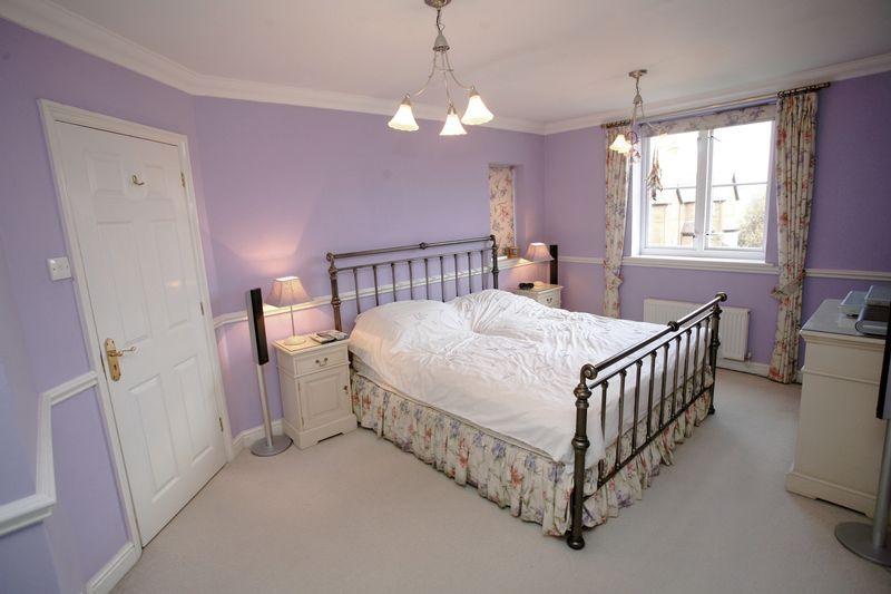 Lilac Master Bedroom Design Ideas, Photos & Inspiration ...