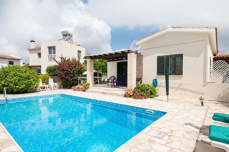 2 bed Detached Bungalow in Tremithousa, Paphos