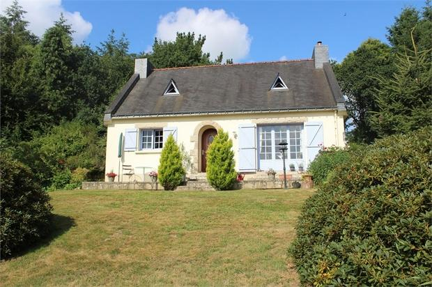 3 bed Detached home in Langonnet , Brittany ...