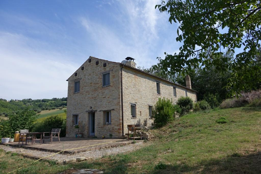 3 bed Country House in Monsampietro Morico...