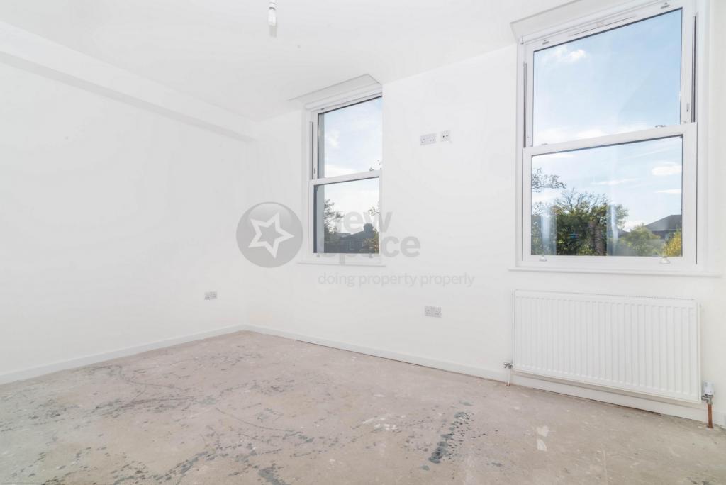 2 bedroom property for rent in Queens Drive, Finsbury Park, N4