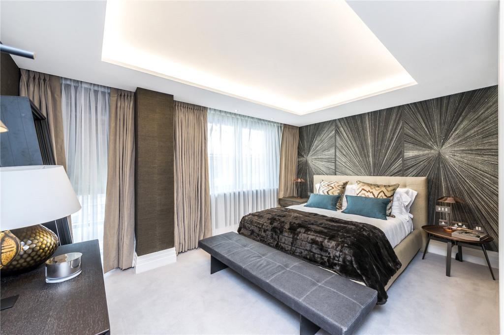 50 Kensington Gardens Square,Master Bedroom
