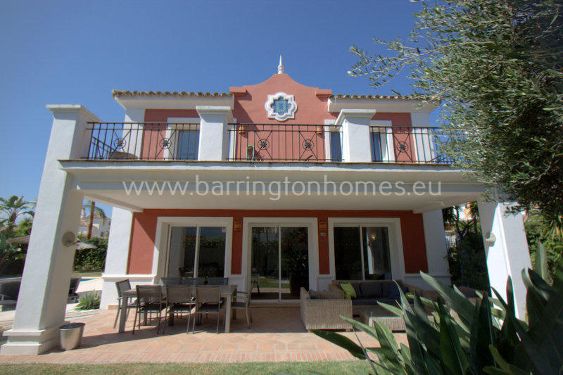 Duquesa Villa for sale