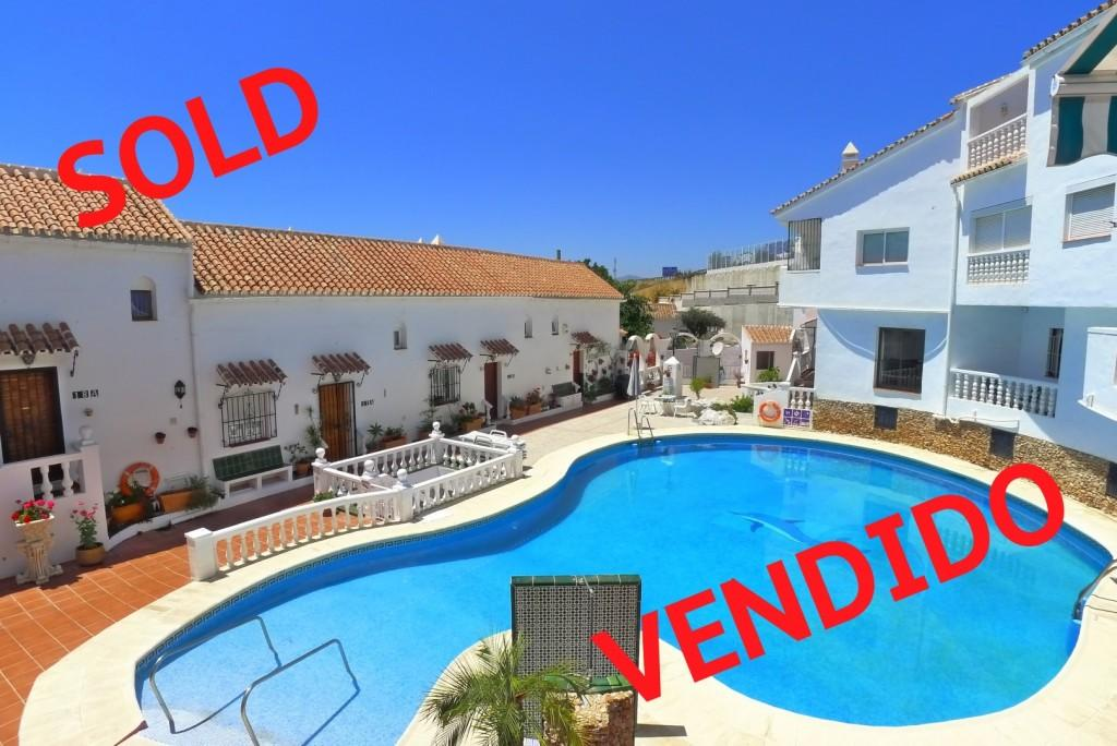 2 bedroom Apartment for sale in Andalucia, Malaga, Nerja
