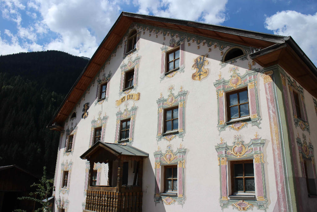 Serviced Apartments for sale in Sankt Anton Am Arlberg...