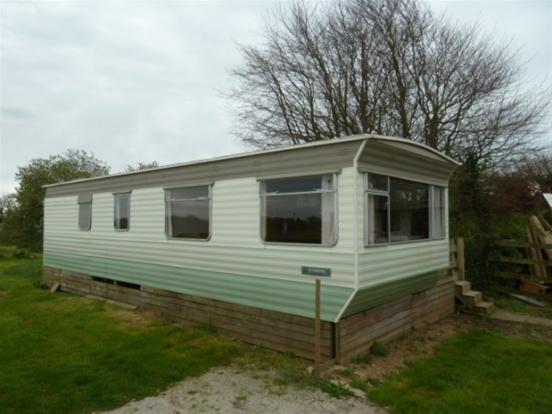 2 Bedroom Mobile Home To Rent In Penmount, Truro, TR4