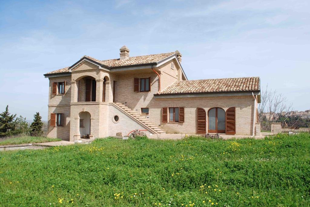 Farm House in Sant'elpidio A Mare...
