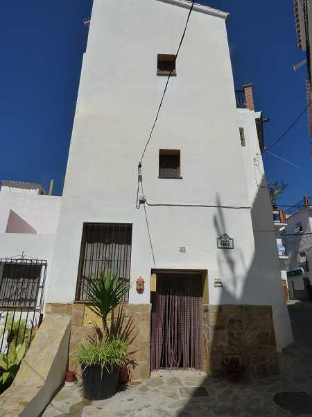 Village House for sale in Andalusia, Malaga, Archez
