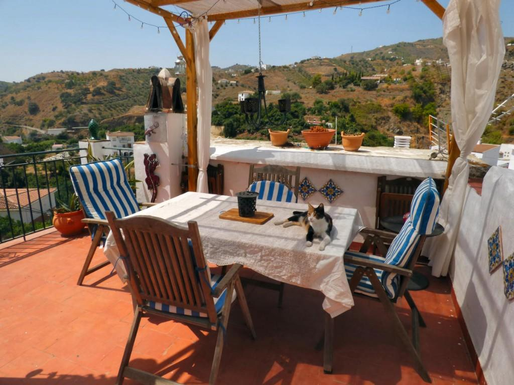 5 bed Village House in Archez, Málaga, Andalusia