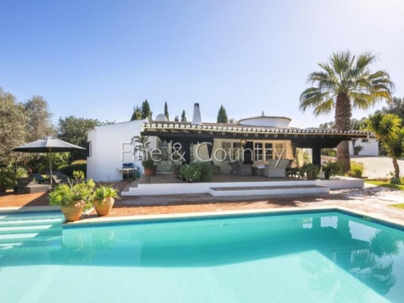 4 bed Villa for sale in Portugal, Algarve, Alvor