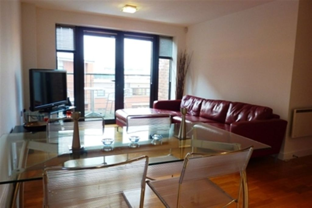 2 Bedroom Apartment To Rent In Manhattan Place, Madison