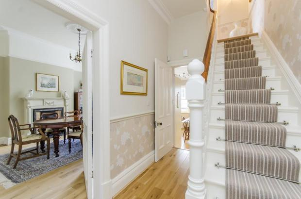 5 Bedroom End Of Terrace House For Sale In Park Drive