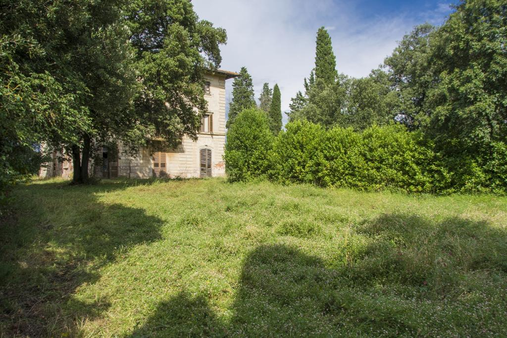 8 bedroom Country House in Tuscany, Florence...