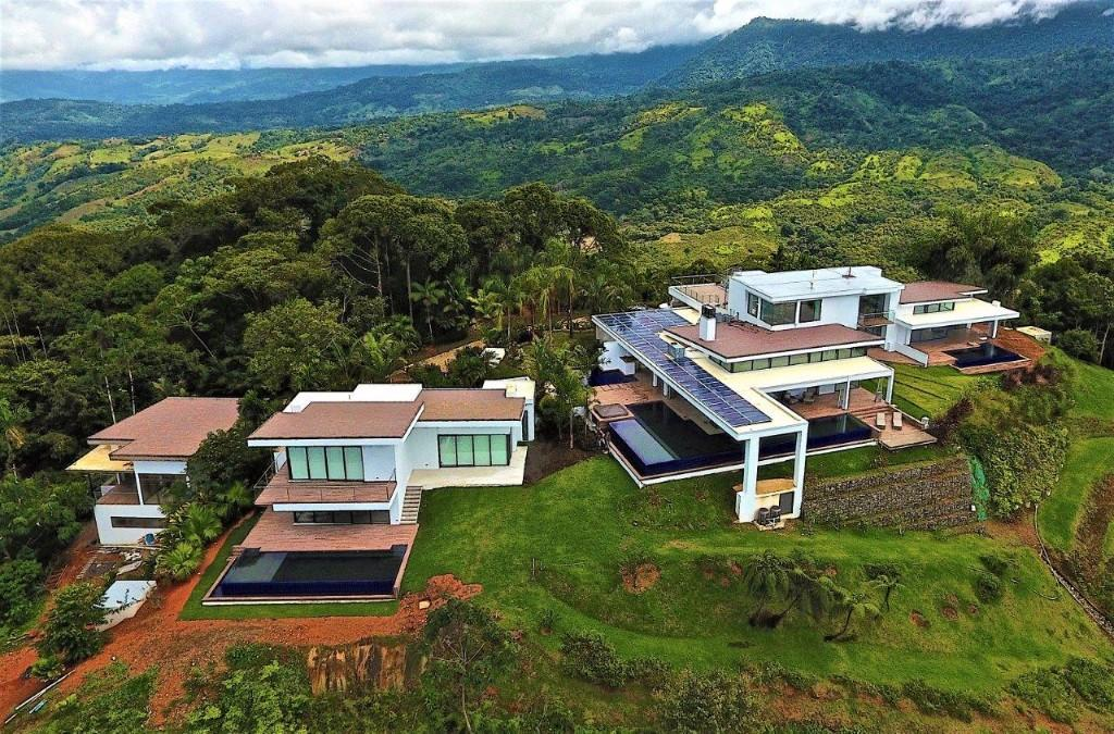 5 bed new house in Dominical
