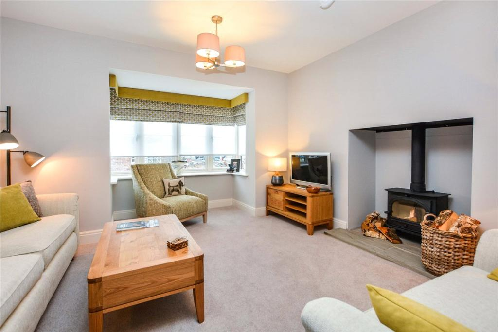 Mulgrave Properties,Lounge