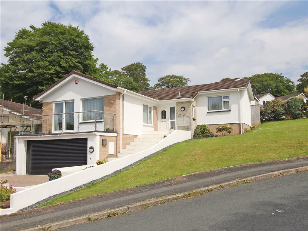 20 bedroom detached bungalow for sale in Burnett Road, Crownhill ...