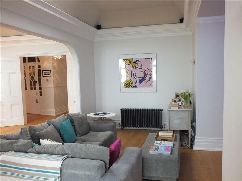 living room address 2 bedroom apartment to rent in gardens hove east 11521