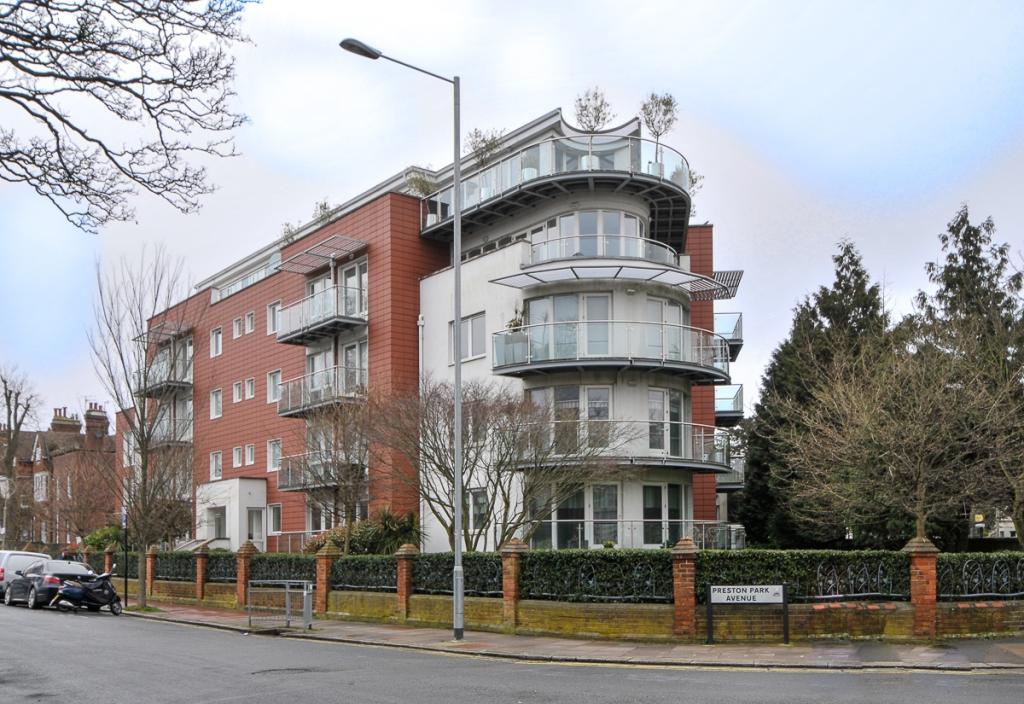 2 bedroom apartment to rent in preston park avenue - 2 bedroom flats to rent in brighton ...