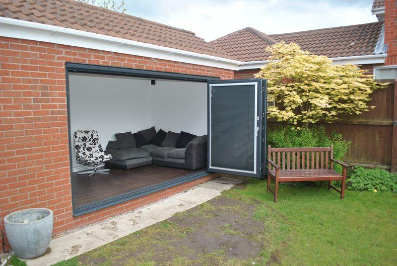 detached garage ideas uk - 3 bedroom detached house for sale in Swinderby Drive
